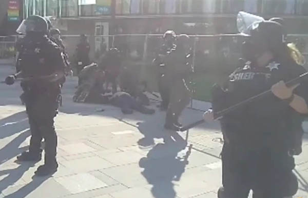 Cops rushed to the scene after the victim was shot (Credit: JonDoe1980 OG)