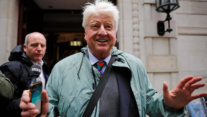 Boris Johnson's father seeks French citizenship